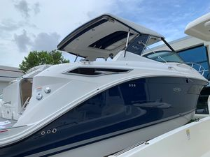 New Sea Ray Sundancer 320 OB Cuddy Cabin Boat For Sale