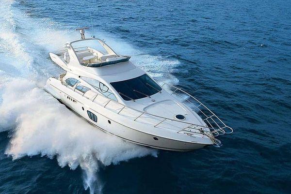 Used Azimut 5555 Flybridge Boat For Sale