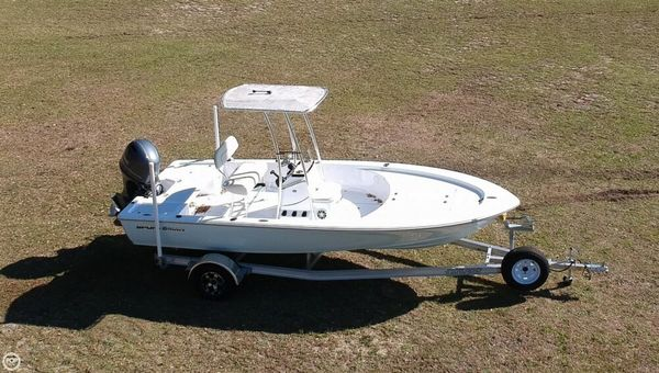 Used Sportsman Island Bay 20 Bay Boat For Sale