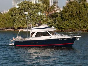New Cutwater C-30 CB Cruiser Boat For Sale