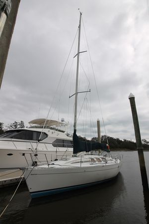 Used Beneteau 35S5 Cruiser Sailboat For Sale
