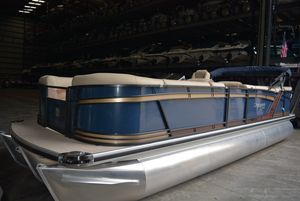 New Sanpan SP2500CSP2500C Pontoon Boat For Sale