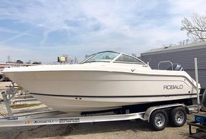 Used Robalo R227 Dual Console High Performance Boat For Sale