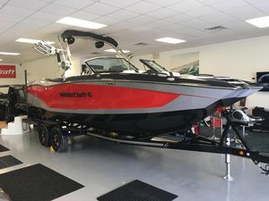 Used Mastercraft X24X24 Ski and Wakeboard Boat For Sale