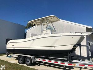 Used World Cat 230SF Power Catamaran Boat For Sale