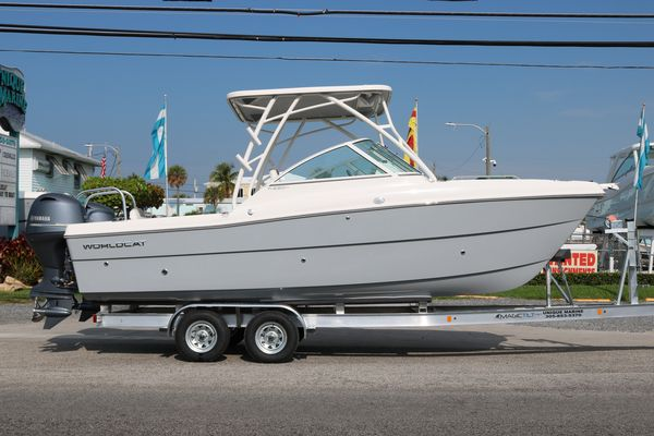 New World Cat 230 DC230 DC Other Boat For Sale