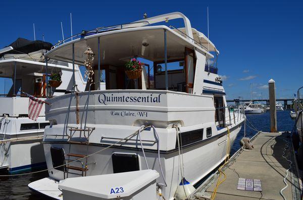 Used Novatec Heritage East 40 Sundeck Trawler Boat For Sale