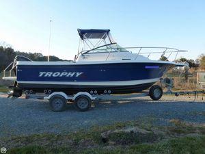 Used Trophy 2102WA Walkaround Fishing Boat For Sale