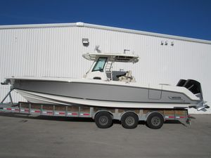 New Boston Whaler 330 Outrage Center Console Fishing Boat For Sale