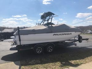 Used Moomba CrazCraz Ski and Wakeboard Boat For Sale