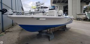 Used Blue Wave 2400 Pure Bay Flats Fishing Boat For Sale