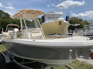 New Pioneer ISLANDER 202ISLANDER 202 Center Console Fishing Boat For Sale
