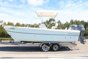 Used World Cat 23 CC23 CC Center Console Fishing Boat For Sale