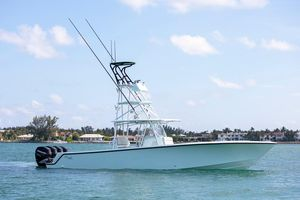 Used Seavee 390Z Center Console Fishing Boat For Sale