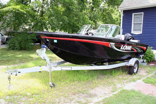 Used Lowe FS-165 Bass Boat For Sale