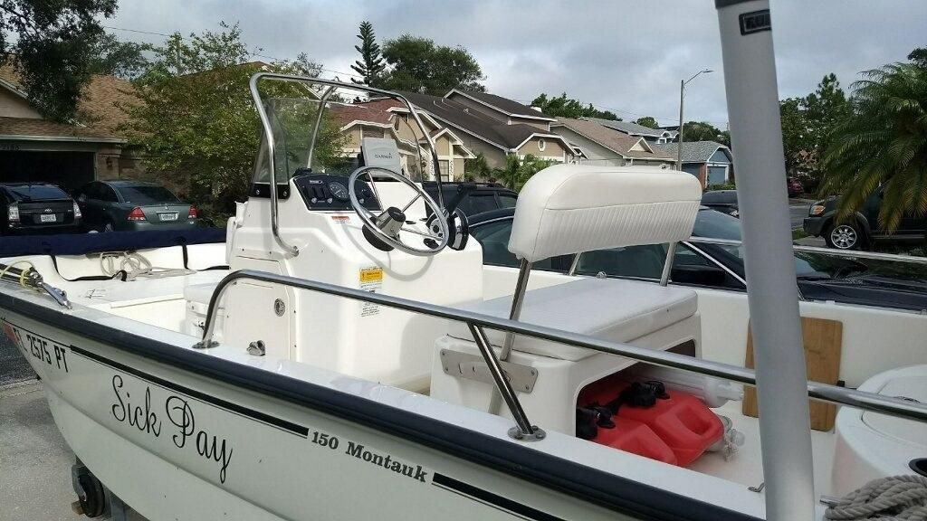2013 Used Boston Whaler 150 Montauk Center Console Fishing