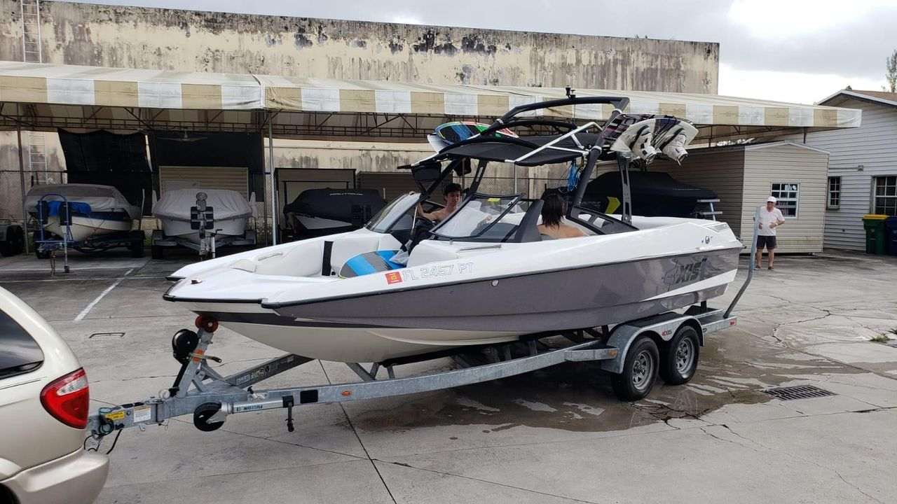 Axis Boats For Sale >> 2014 Used Axis A22 High Performance Boat For Sale 55 000 Miami