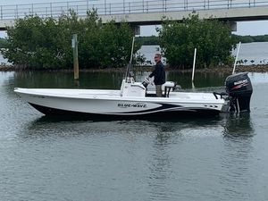 Used Blue Wave 2200 Pure Bay Center Console Fishing Boat For Sale