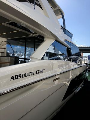 New Absolute 62 Pilothouse Boat For Sale