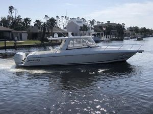 Used Intrepid 390 Sport Yacht Cruiser Boat For Sale
