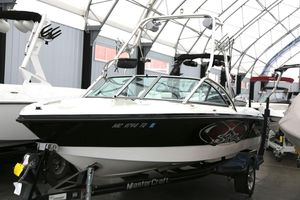 Used Mastercraft X StarX Star Ski and Wakeboard Boat For Sale