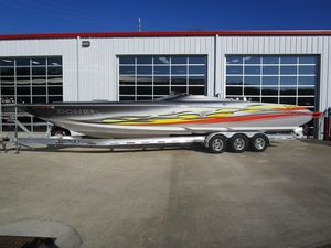 Used Donzi 38 ZR High Performance Boat For Sale