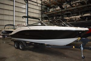 New Sea Ray SPX230SPX230 Ski and Wakeboard Boat For Sale