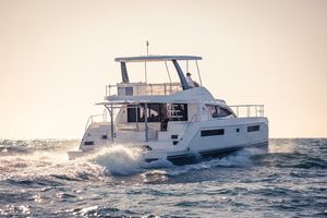 Used Leopard 43 Powercat Power Catamaran Boat For Sale