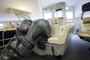 New Sailfish 242 CC Sports Fishing Boat For Sale