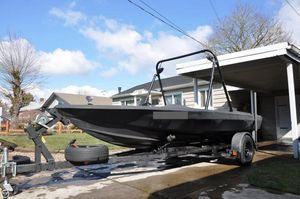 Used Sidewinder 17 V Ski and Wakeboard Boat For Sale