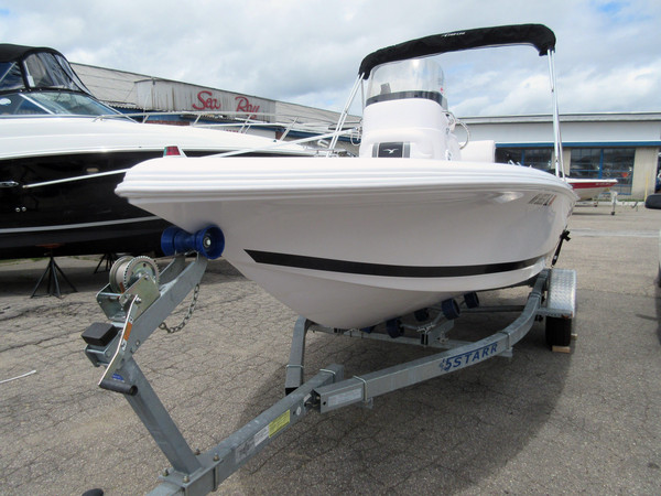 Used Pro-Line 17 Sport 11636 Center Console Fishing Boat For Sale