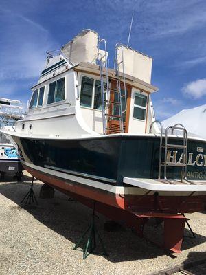 Used Blue Seas Flybridge Sedan Downeast Fishing Boat For Sale