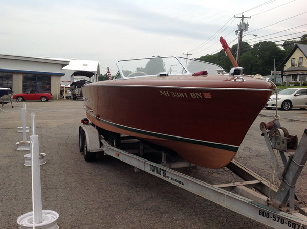 Used Chris-Craft 24 Holiday 11649 Antique and Classic Boat For Sale