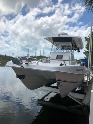 Used Twin Vee 26 GF Center Console Fishing Boat For Sale