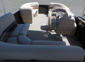 New Bentley Pontoons 240 CRRE240 CRRE Pontoon Boat For Sale