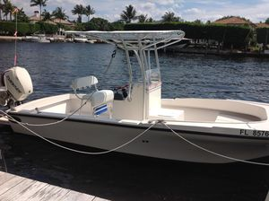 Used Dusky 2270 Center Console Fishing Boat For Sale