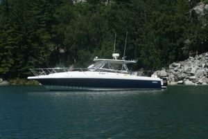 Used Intrepid 377 Walkaround Center Console Fishing Boat For Sale