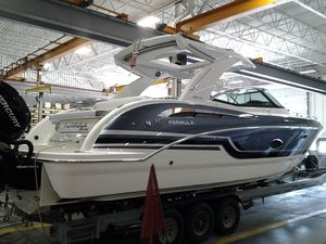 New Formula 350 Crossover Bowrider Cuddy Cabin Boat For Sale