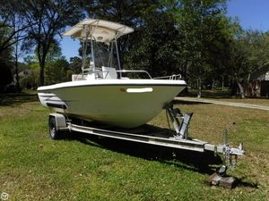 Used Hydra-Sports 180 Seahorse Center Console Fishing Boat For Sale