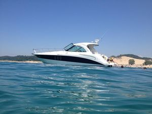 Used Cruisers Yachts 390 Sport Coupe Motor Yacht For Sale