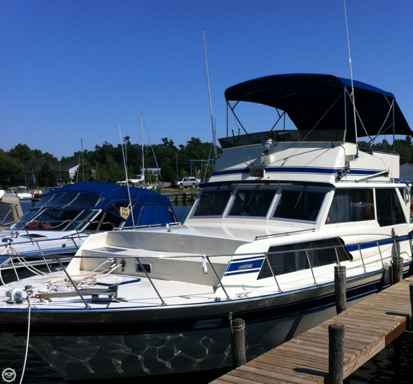 Used Marinette 37 Double Cabin Cruiser Boat For Sale