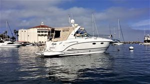 Used Chaparral 320 Express Cruiser Boat For Sale