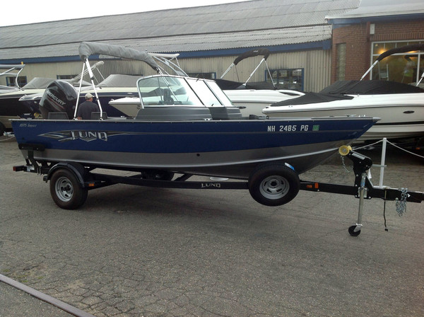 Used Lund 1875 Impact  11680 Freshwater Fishing Boat For Sale