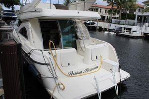 Used Maxum 3900 SCR Flybridge Boat For Sale