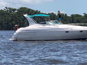 Used Cruisers 3570 Motor Yacht For Sale