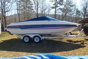 Used Chris-Craft Concept 23 Bowrider Boat For Sale