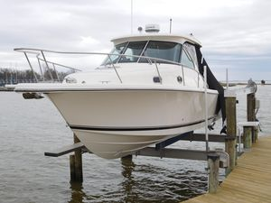 Used Pursuit 315 Offshore Center Console Fishing Boat For Sale