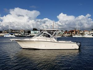 Used Grady-White 305 Express Cruiser Boat For Sale