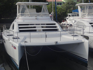 Used Robertson And Caine Leopard 47 PC Cruiser Boat For Sale