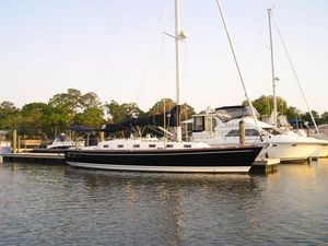 Used Tartan 4100 Cruiser Sailboat For Sale